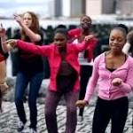 One billion rising/ Oggi ballo, mi ribello anch'io